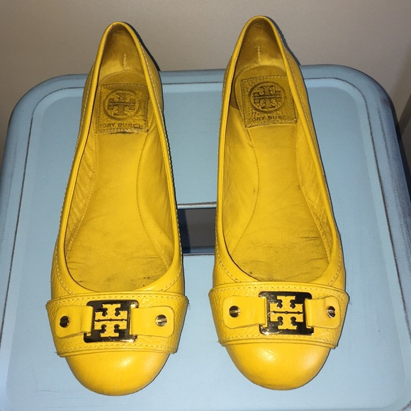 49343ed475cb 🔥SALE🔥 💯Auth TORY BURCH Yellow Flats - GUC 7.5.  M 5a6211fc05f430034f808063